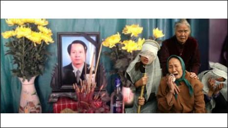 Thân nhân bên di ảnh ông Trịnh Xuân Tùng
