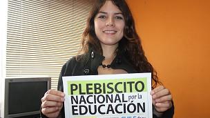 Öğrenci hareketinin liderlerinden Camila Vallejo