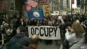 Manifestação em Nova York. | Foto: BBC