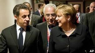 Ông Nicolas Sarkozy và bà Angela Merkel