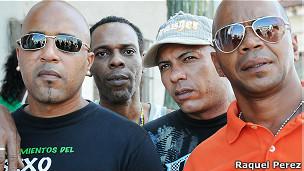 Lázaro Crespo y otros presos liberados en Cuba