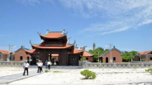 Chùa Việt Nam trên quần đảo Trường Sa