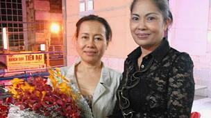 Bà Bùi Hằng và Dương Thị Tân, vợ cũ blogger Điếu Cày