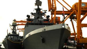 Tàu chiến Ấn Độ cập cảng Hải Phòng