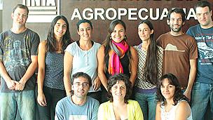 Dr. Fernando Carrari y colegas en el INTA, Instituto Nacional de Tecnología Agropecuaria de Argentina