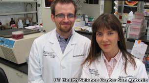 Doctores Jonathan Halloran y Verónica Galván