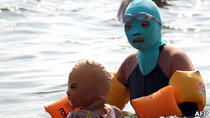 Madre e hijo con carakinis