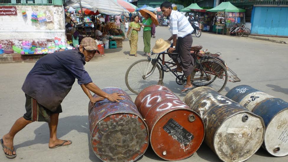Công nhân cảng Rangoon