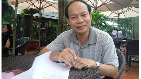 Giáo sư Hoàng Xuân Phú