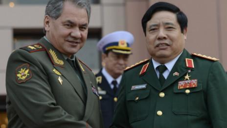PHùng Quang Thanh và Shoigu