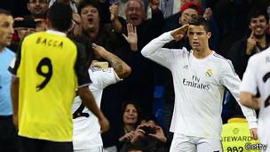 Cristiano Ronaldo celebra un gol con un saludo militar