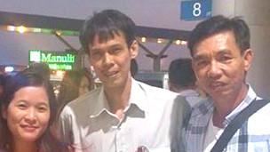 Ông Phạm Chí Dũng (ở giữa)