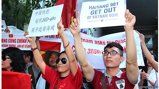 Biểu tình chống TQ ở Sài Gòn hôm 10/5/2014