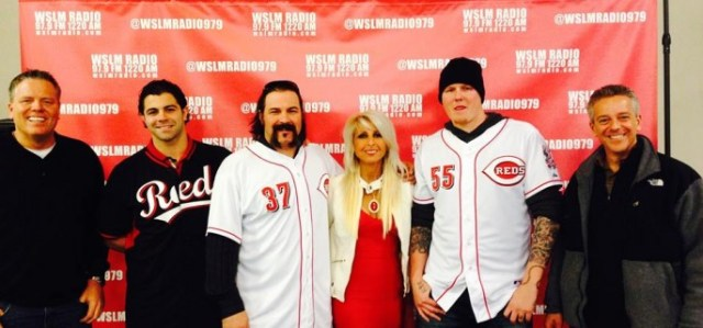 Cincinnati-Reds-Caravan-Step-Repeat-2