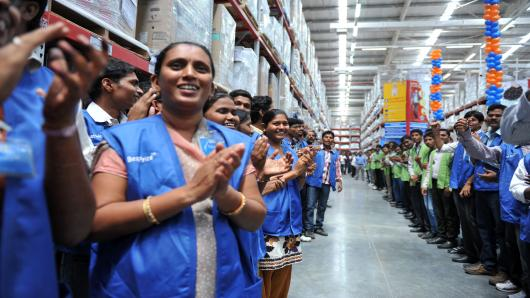 100253043-walmart-employees-india-gettyp.530x298