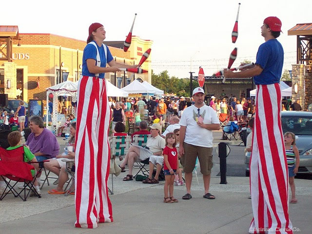 Circus706 Stilt Walkers