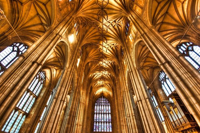 La nef de la cathédrale de Canterbury