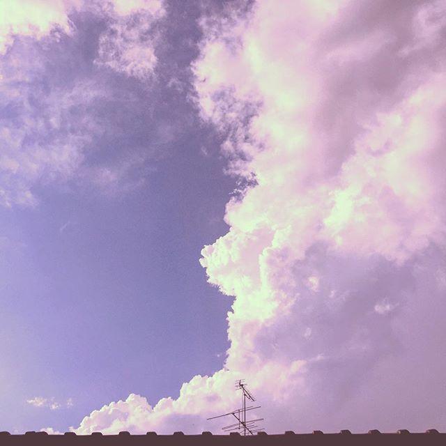 …ちょっと悩ましい雲が(。-_-。) #イマソラ #mysky #sky #cloud #fine #何に見える?