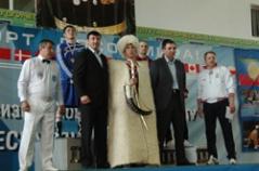 Артур Бетербиев выиграл Международный турнир в Дагестане
