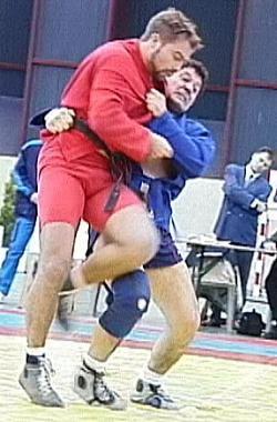 Хасан Баиев и Мишель Лельевр (Франция) на Кубке мира-2001 в Ницце.