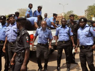 Nigerian-Policemen-in-search-of-the-Yang-Zhong