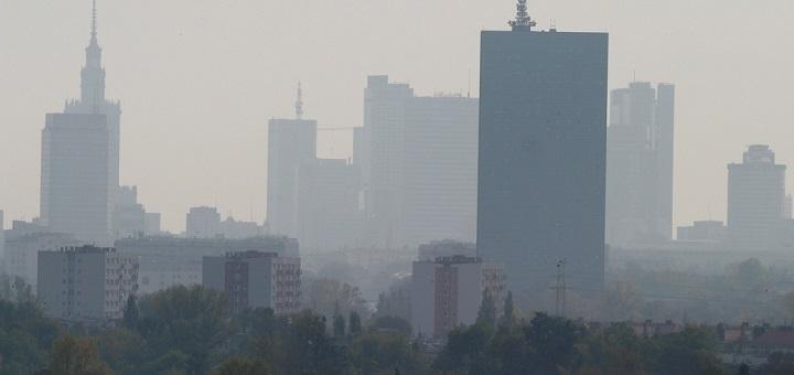 Smog bije rekordy. Komunikacja miejska za darmo