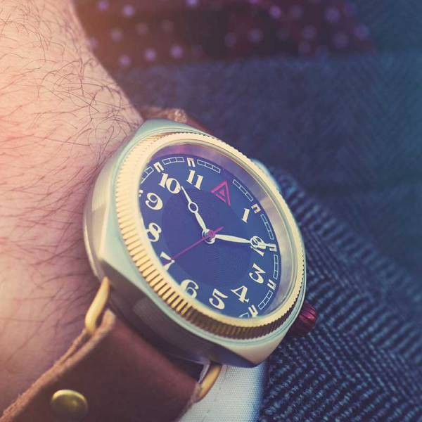 Luxury Watches for Men 'No. 1929' Suit Wristshot Built in Britain by W. T. Author
