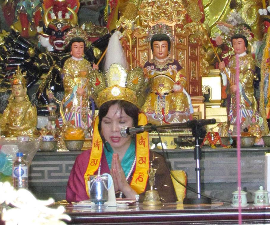 黃帝雷藏寺舉辦「真佛寶懺」法會 – 溫哥華真佛報