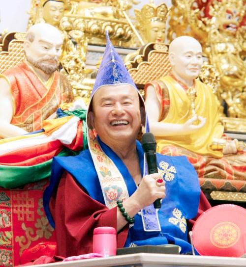 圖為無上法王蓮生活佛盧勝彥 p1158-04-01