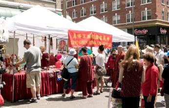 圖為西雅圖雷藏寺攤位。