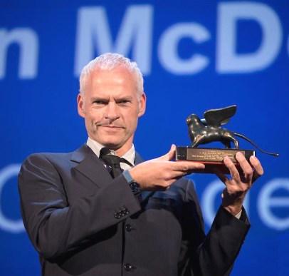 英國導演兼編劇馬丁麥克唐納 以作品《意外》獲最佳劇本獎