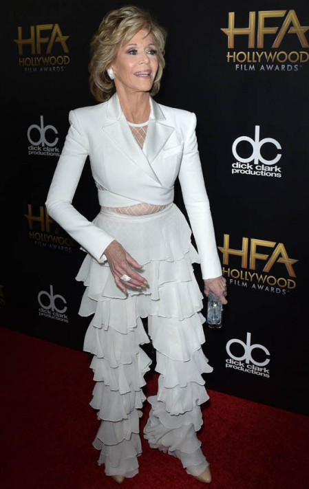 BEVERLY HILLS, CA - NOVEMBER 01: Jane Fonda attends the 19th Annual Hollywood Film Awards at The Beverly Hilton Hotel on November 1, 2015 in Beverly Hills, California. (Photo by C Flanigan/Getty Images)