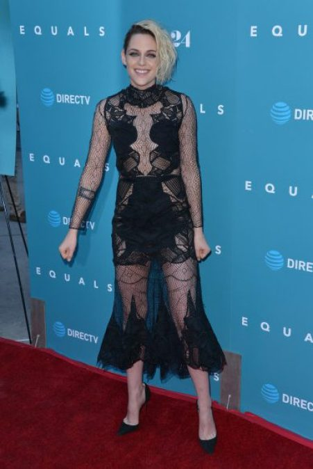 52115177 Celebrities attend the premiere of 'Equals' at Arclight theatre in Los Angeles, California on July 7, 2016. Celebrities attend the premiere of 'Equals' at Arclight theatre in Los Angeles, California on July 7, 2016. Pictured: Kristen Stewart FameFlynet, Inc - Beverly Hills, CA, USA - +1 (310) 505-9876 RESTRICTIONS APPLY: NO FRANCE