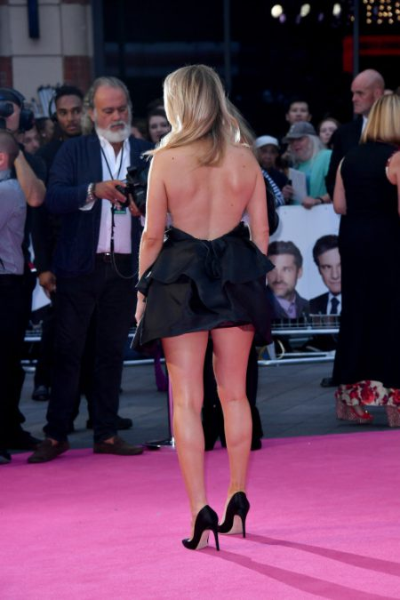 """LONDON, ENGLAND - SEPTEMBER 05: Ellie Goulding arrives for the World premiere of """"Bridget Jones's Baby"""" at Odeon Leicester Square on September 5, 2016 in London, England. (Photo by Gareth Cattermole/Getty Images)"""