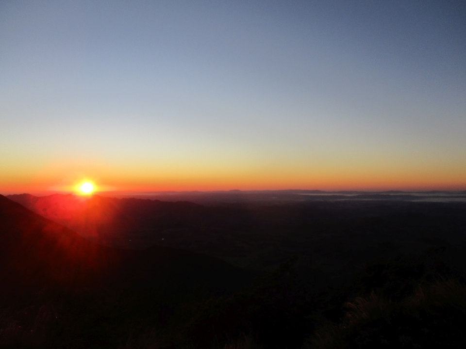 Sunrise in the Ruahine Ranges