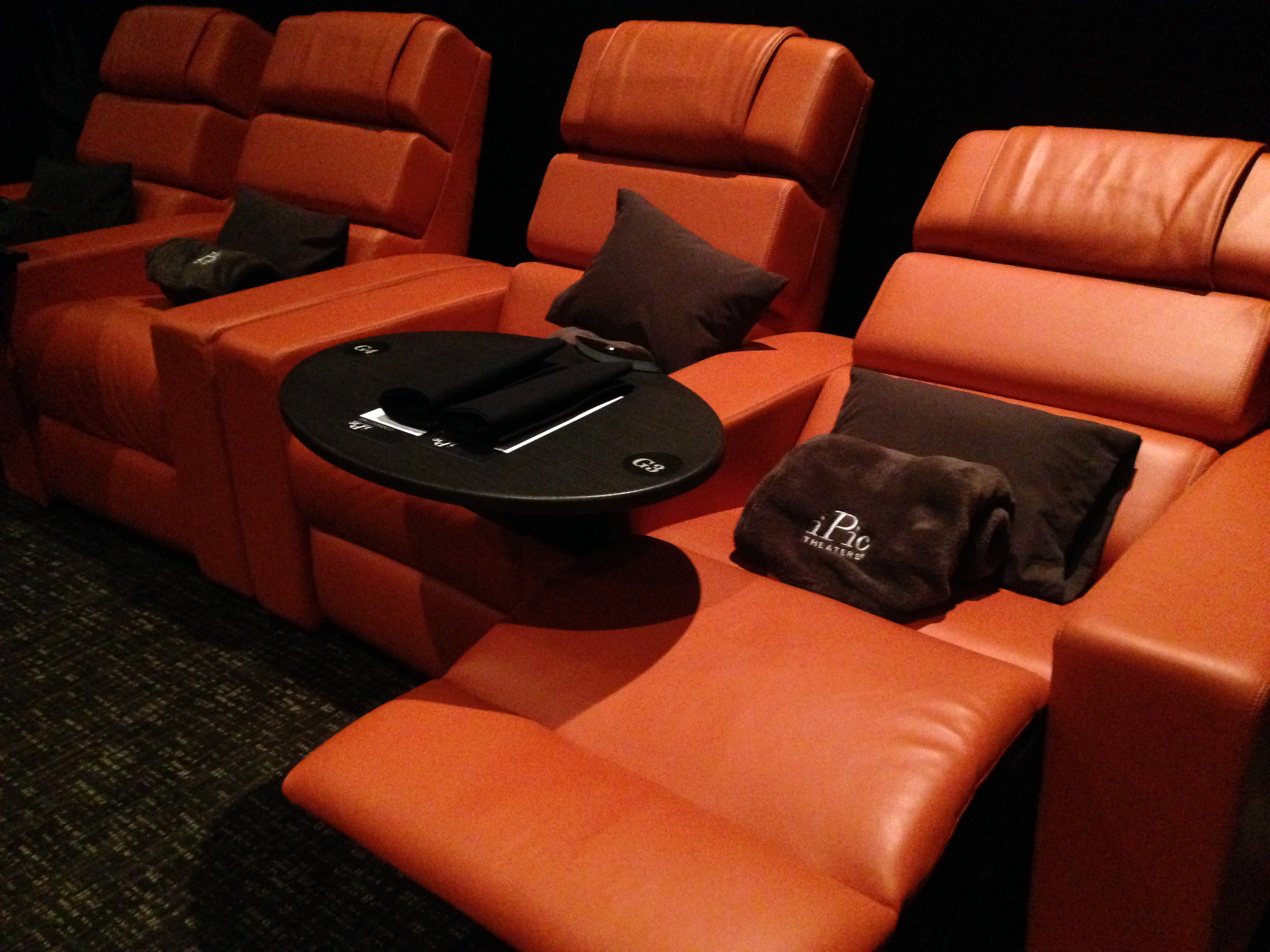 Reclining Chair Movie Theater Second Upscale Movie Theater Debuts In Bethesda Wtop