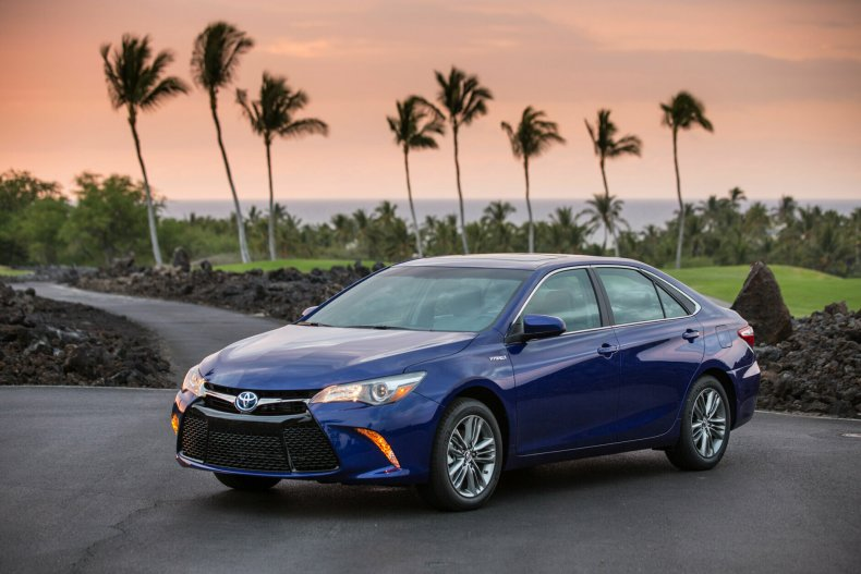 <p><strong>Best used mid-size car for teens:</strong> The 2016 Toyota Camry and Camry Hybrid</p>
