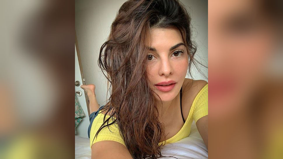 Jacqueline fernandez images download for whatsapp dp