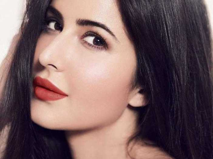Latest katrina kaif images download for whatsapp dp