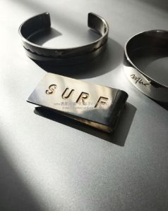 surf-moneyclip