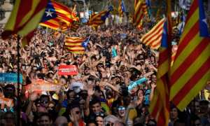 Spain imposes direct rule over Catalonia, knowing this is highly risky.