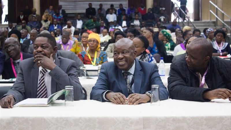 Zimbabwe overthrowing Robert Mughabe