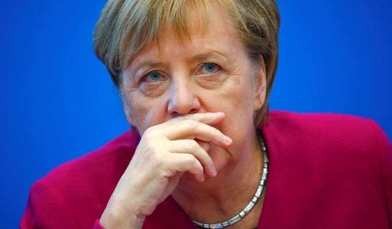 Merkel to step down