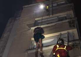 Paris Tower Block fire - Kills 9 many more injured - Breaking Story