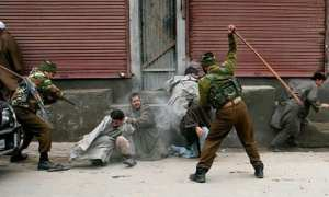 Indian Troops kill 3 Muslims in Kashmir and injures more