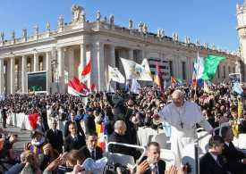 Pope Francis tightens up child sexual abuse laws