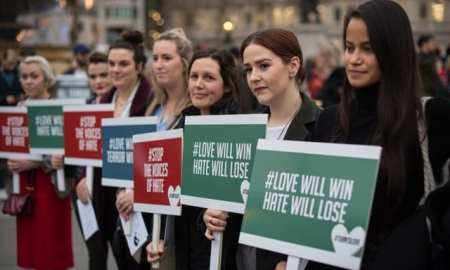Trafalgar Square pays tribute to New Zealand victims of terror