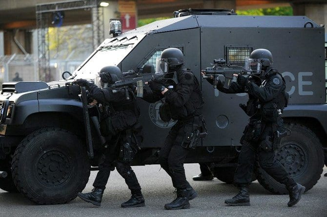 Breaking: French Police foil a terror plot