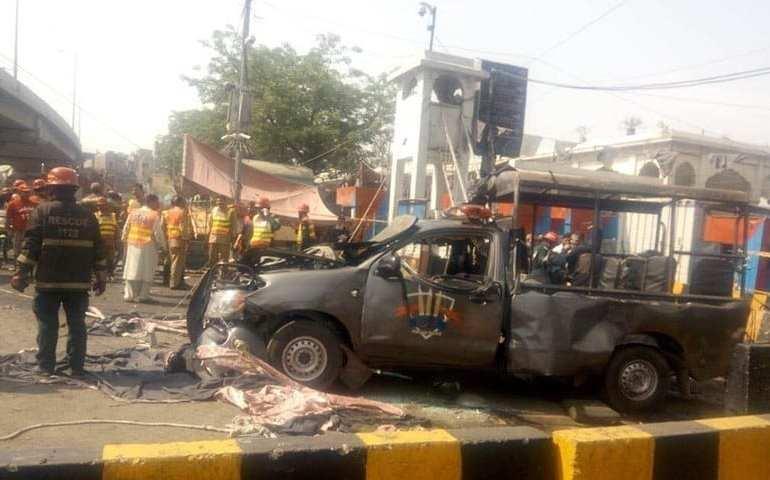 Breaking News: Suicide blast in Lahore kills 12 during Ramadhan