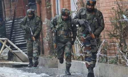 Breaking News: Indian Army shoots 10 people & Kills 1 & Pakistani Army kill 3 Indian soldiers